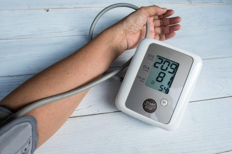 Hipertensión colesterol alto azúcar alto en sangre
